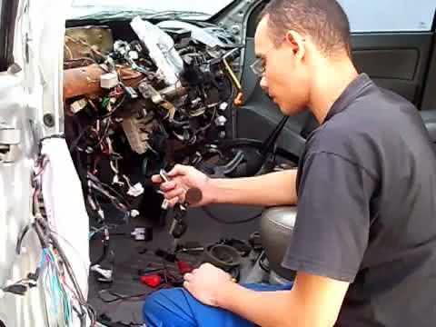 Curso de eletricista de automóveis