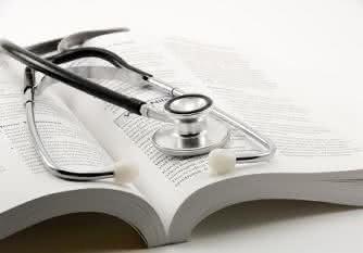 quanto custa estudar medicina no brasil