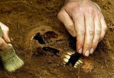 quanto ganha um arqueólogo